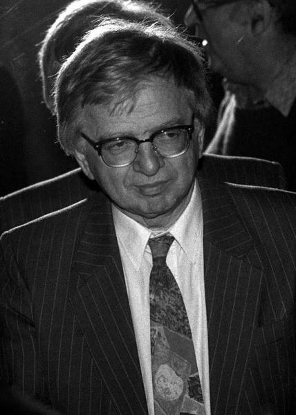 Bănuş Max